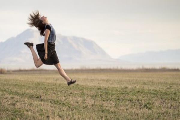Najmodniejsze fasony spódnic – wybierz model dla siebie!