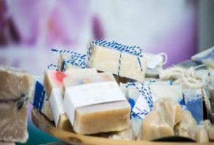 Jak zrobić mydło glicerynowe, czyli własnoręcznie przygotowane kosmetyki w domowym SPA