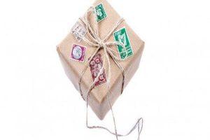 Domek z kartonu jako przykład ekologicznej zabawki