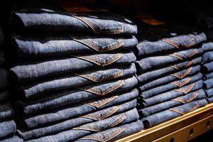 Jak wybrać jeansy?